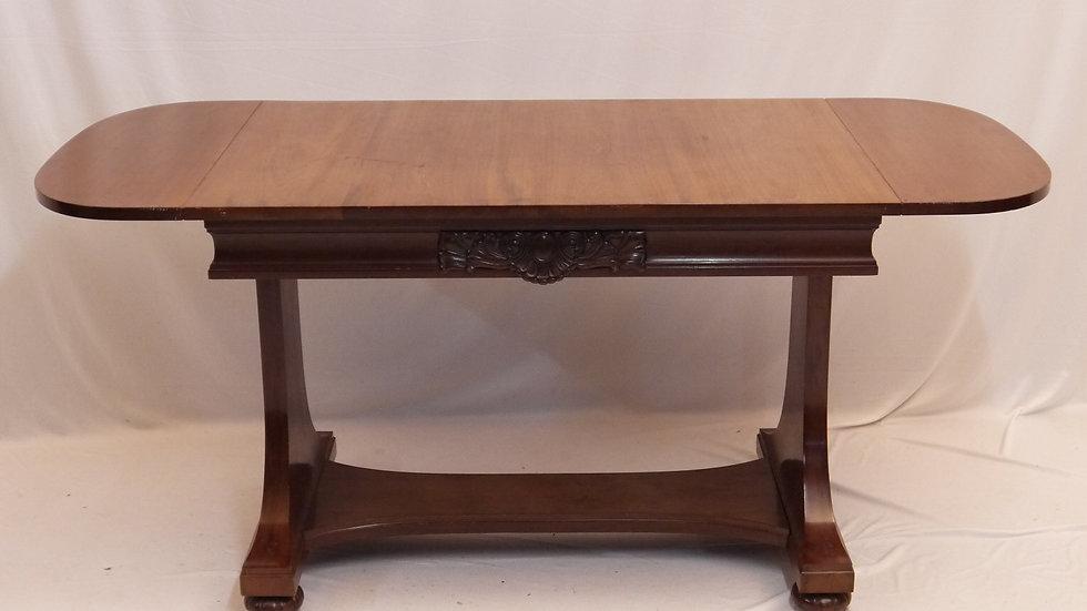 Sehr schöner & stilvoller Sofa-Salontisch, Mahagoni um 1900...