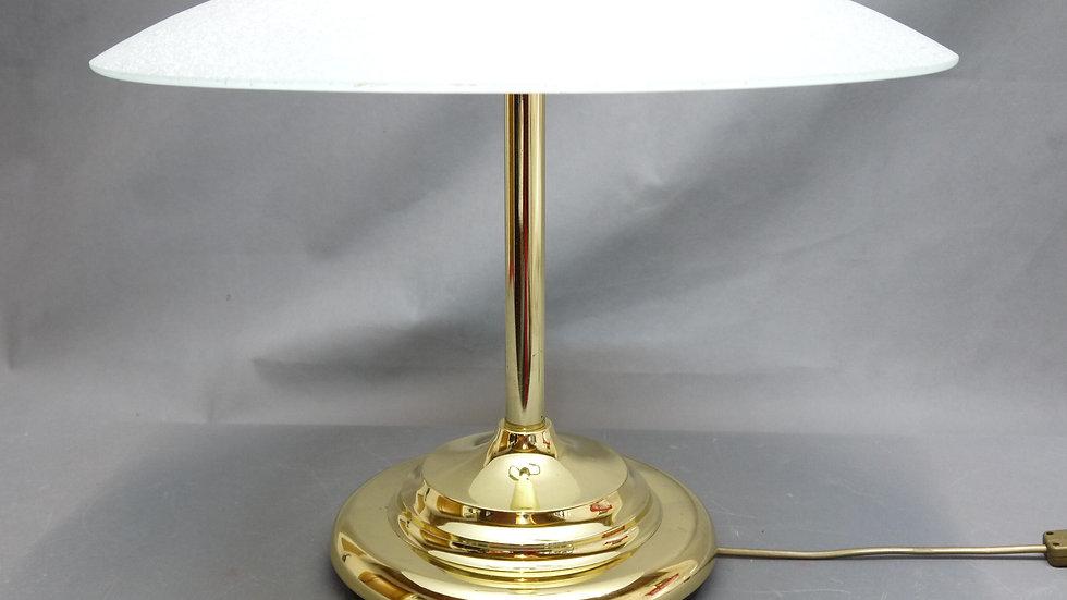 Sehr schöne, ältere Messing-Tischlampe mit geätztem Glas, 2 flammig