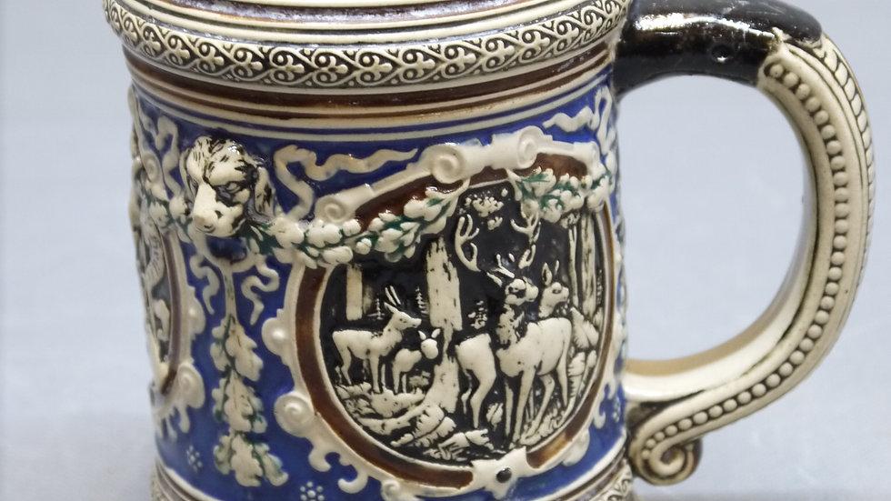 """Schöner alter Bierkug, wie """"Mettlach"""", mit jagdlichem Dekor..."""