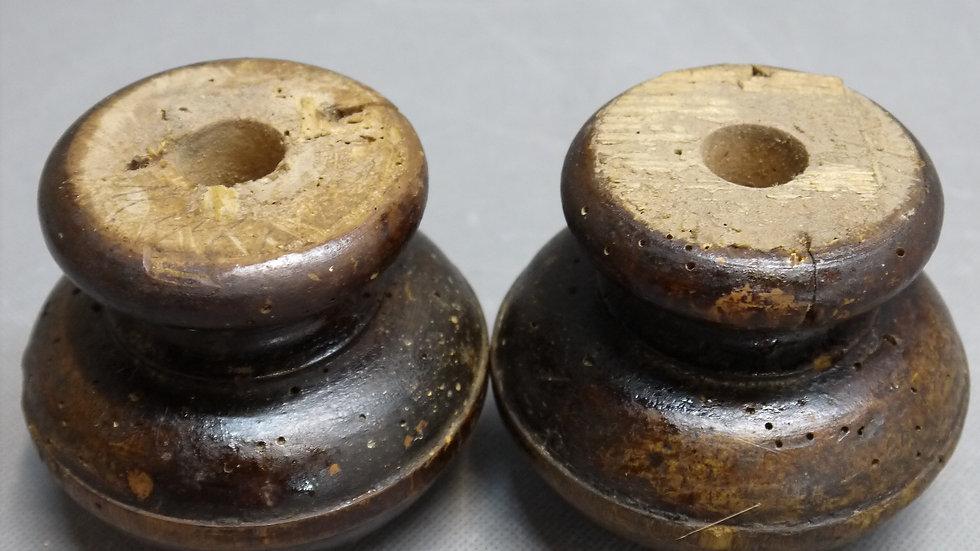 Paar originale Historismus-Möbelfüße, Weichholz, dunkel gebeizt -E-