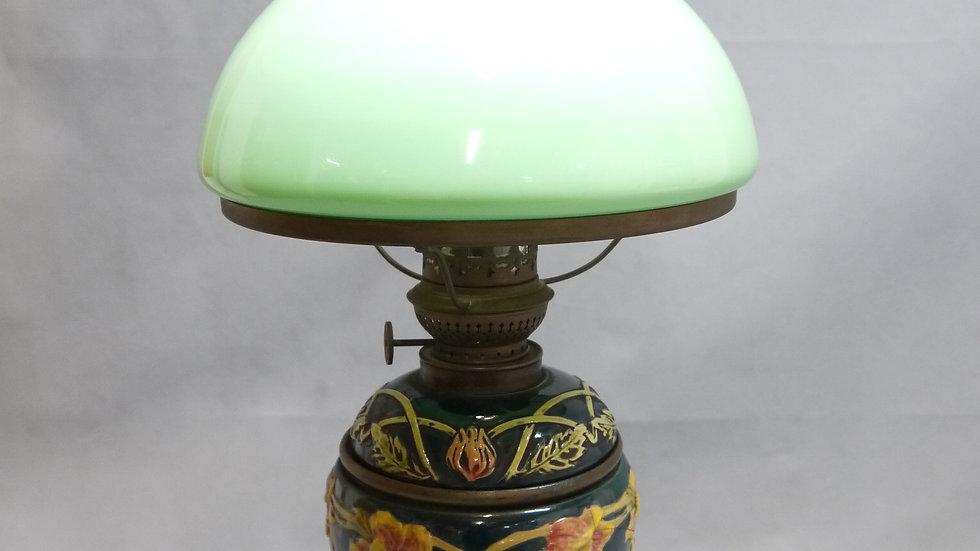 Sehr schöne Jugendstil-Majolika-Petrolampe, um 1900/10...