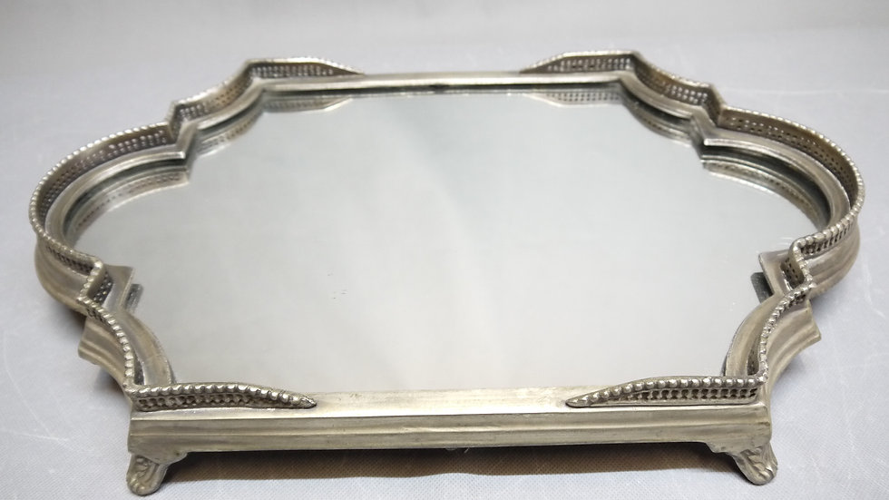 Sehr schönes, ovales Spiegel-Tablett...