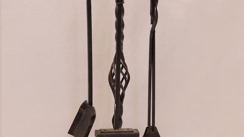 Stilvolles, älteres, großes Kamin-Besteck, Eisen handgeschmiedet...