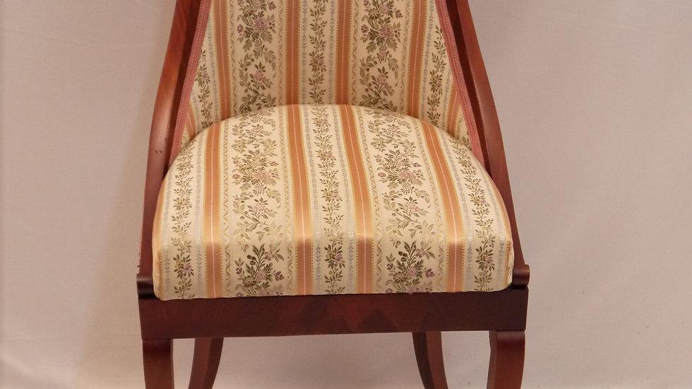 Sehr schöner Mahagoni-Stuhl, Stil Biedermeier...