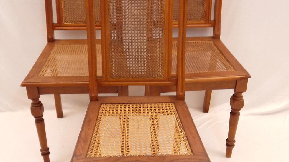3 schöne alte Historismus-Rollenstühle mit Korbgeflecht...