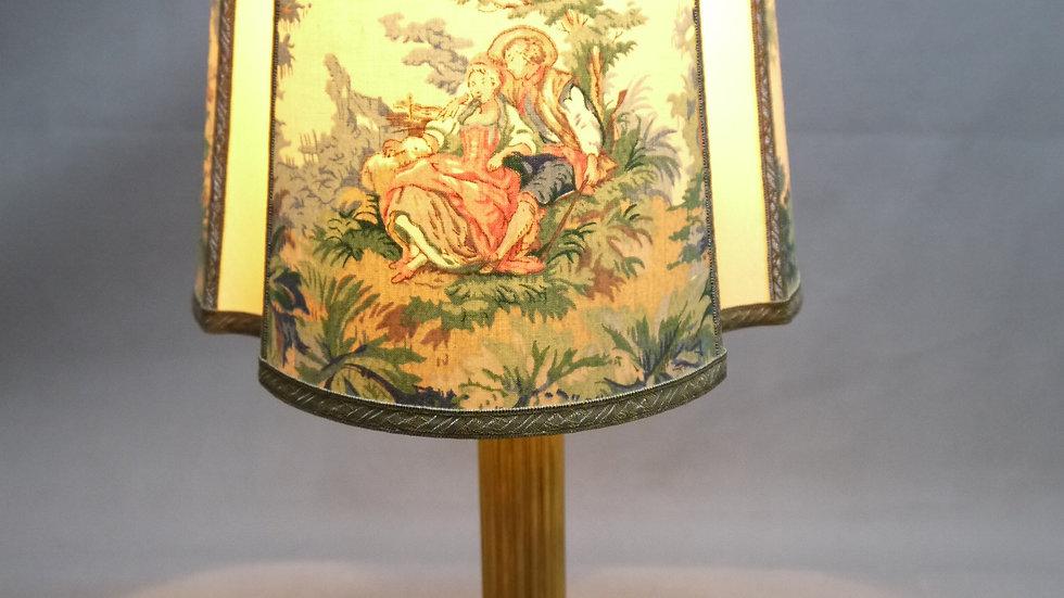 Sehr schöne & stilvolle ältereTischlampe
