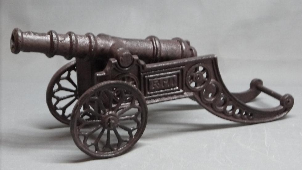 Dekorative Modell-Kanone aus Gußeisen...