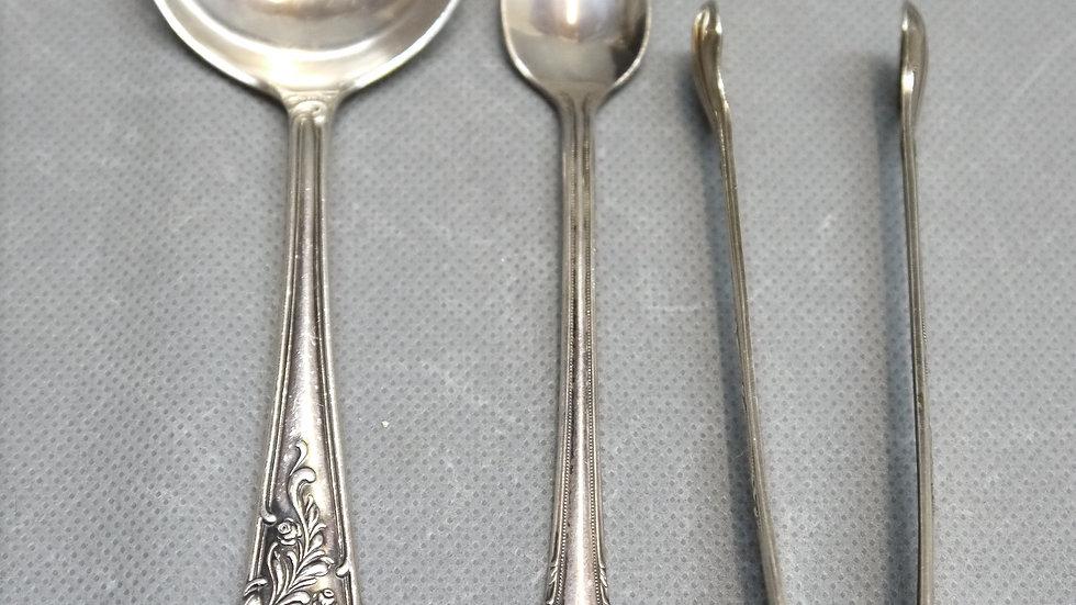 Silber-Konvolut: Sahne-Löffel, langer Löffel, Zuckerzange