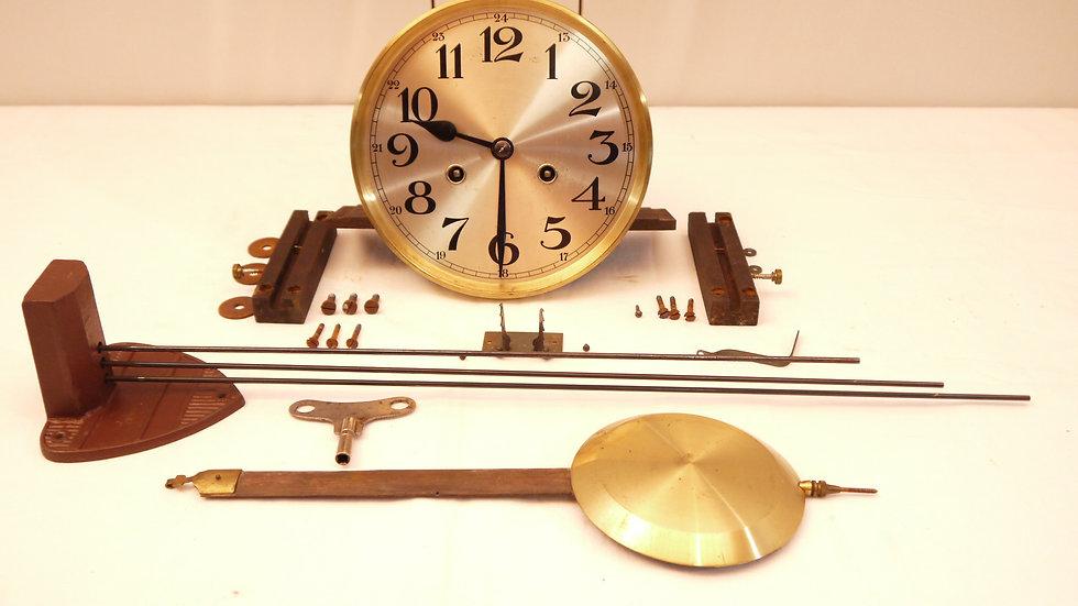 Schönes, altes Uhrwerk eines um 1920...