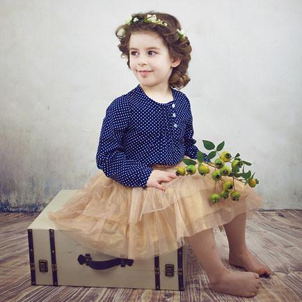 poolka-dot-blouse-and-tutu-skirt.jpg