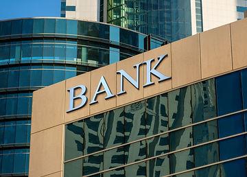 Bank Building - AdobeStock_135183636.jpe