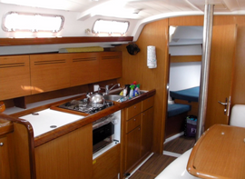 BENETEAU  Mikandy Boat For Sale7.png