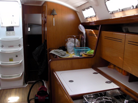 BENETEAU  Mikandy Boat For Sale6.png