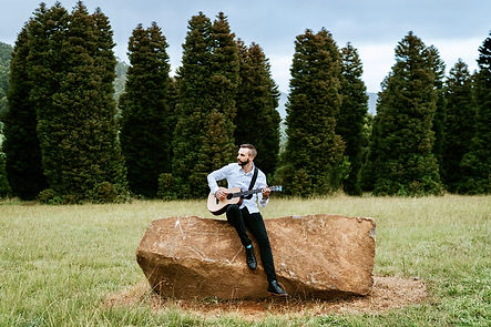 Acoustic solo wedding singer.jpg