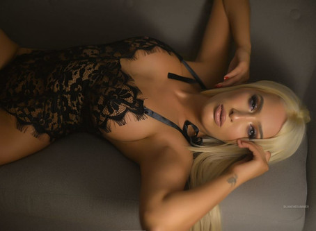 BlancheSummer-Started porn at 18y-Gazing Blonde