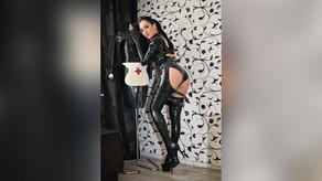 AngelikaCroft-Latex Lover-Gazing Fetish