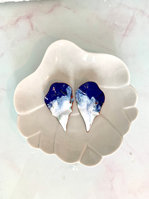 TEARS Taurin earrings