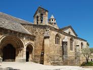 1200px-Valréas_-_Notre-Dame-de-Nazareth_