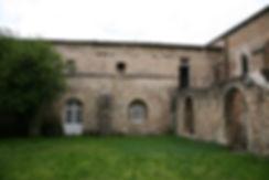 Cloître_des_Cordeliers_Valréas_1b.jpg