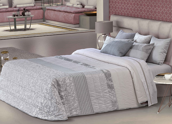 Socrates Comforter (Bouty)