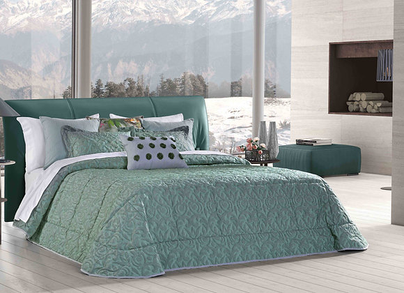 Marta Comforter King Set