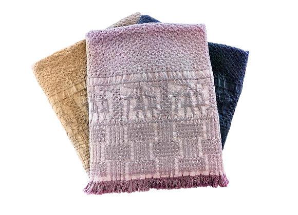 Manta Retro Blanket