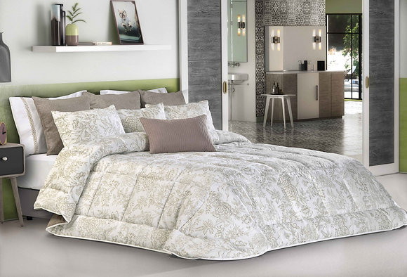 Rodes Comforter King Set