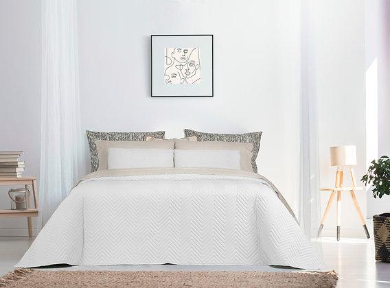 Troia Comforter (Bouty) Queen Set