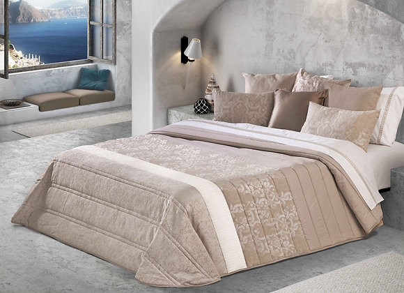 Pitaguras Comforter (Bouty)