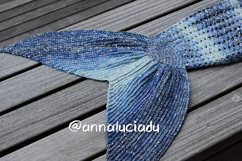 Blue Double Crochet Cluster  blanket with opening back