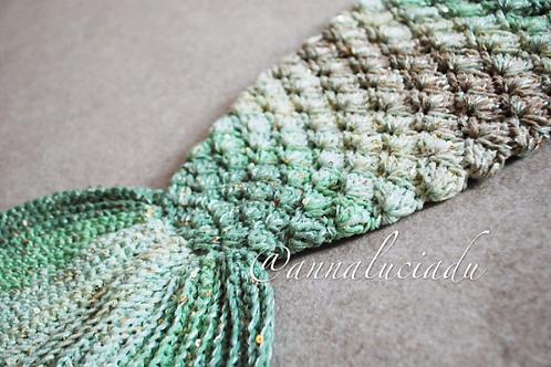 New born baby crochet mermaid blanket