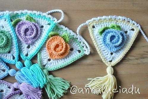 crochet heart rose garland pattern