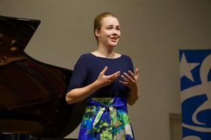 Lauren Urquhart, Soprano