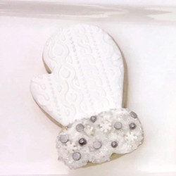 White Mitten Sugar Cookie