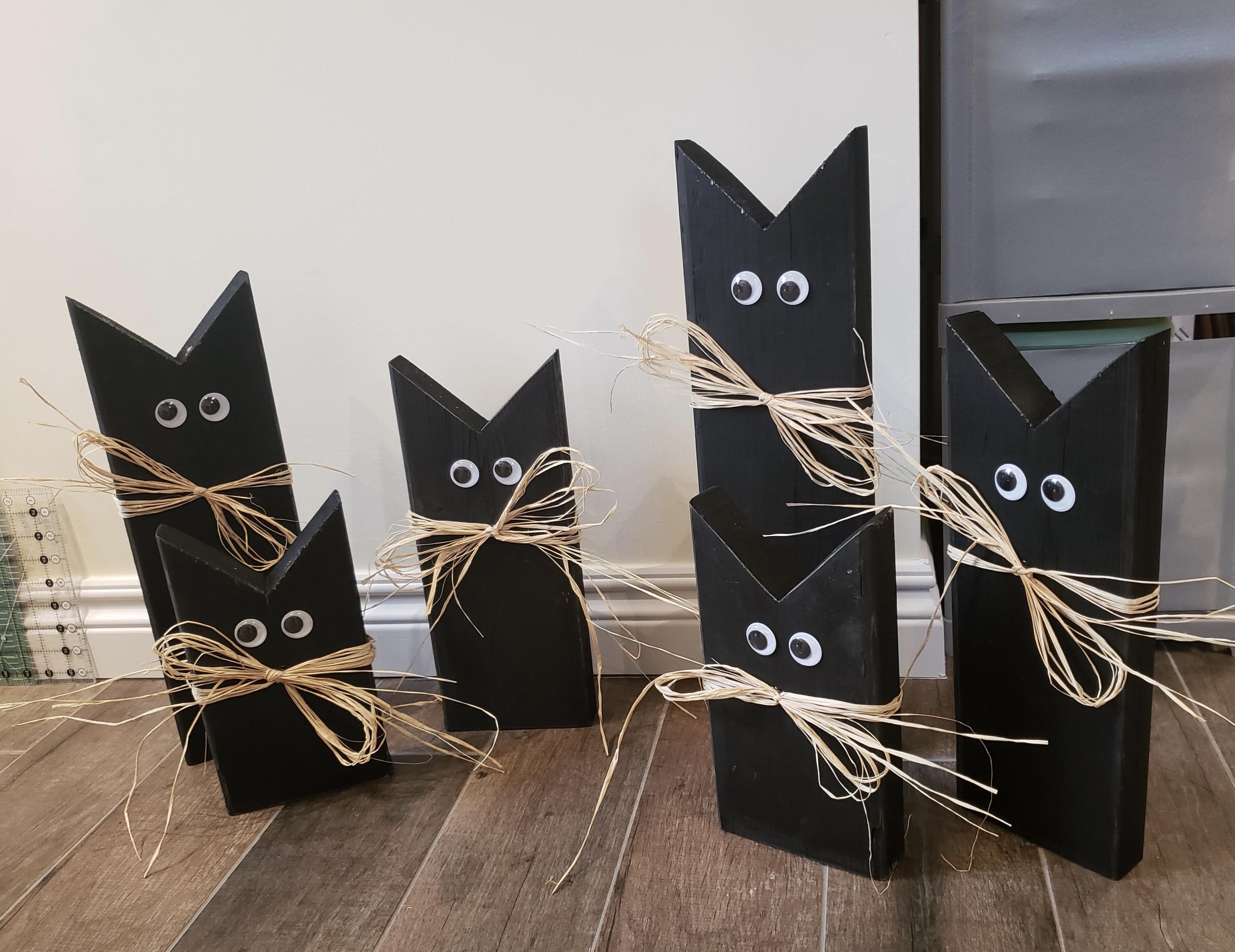 Black Cat Wood Decorations