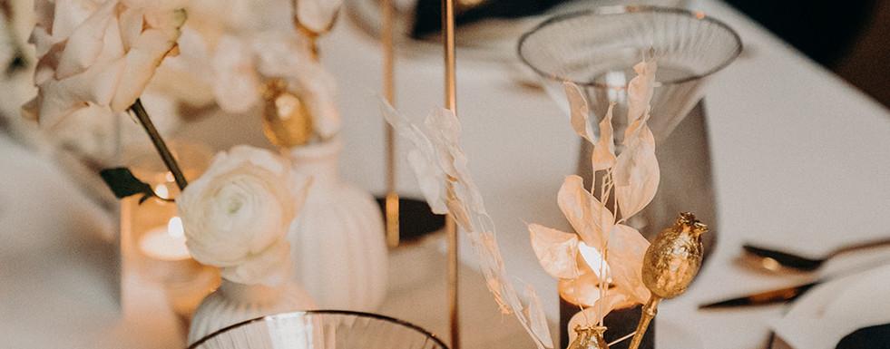 Martinigläser, Kerzen, Hochzeit