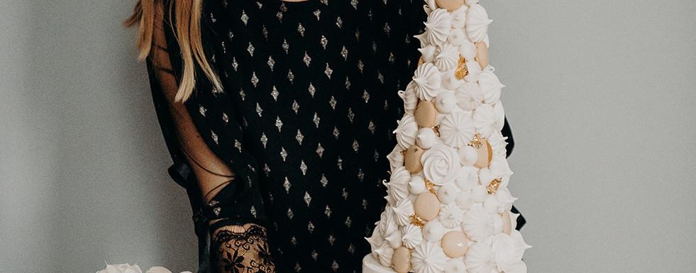 Hochzeitstorte LOVE