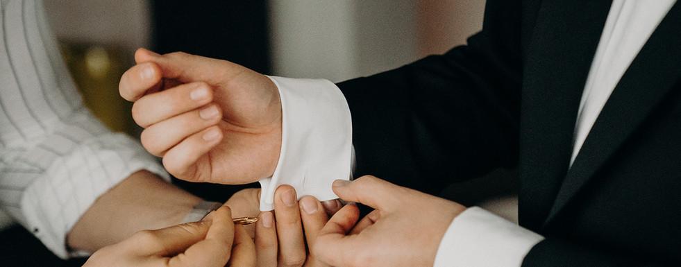 Bräutigam mit Trauzeuge