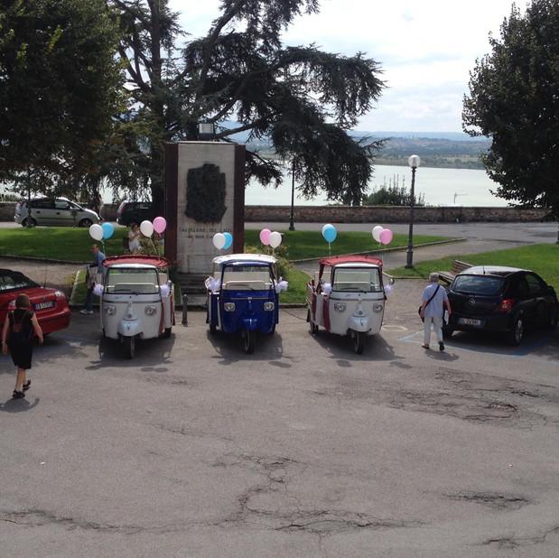 Wedding shuttle in Castiglione del Lago