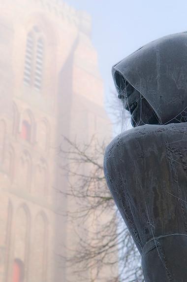 Sculpture de Jef Claerhout représentant Willem van Saeftinghe à Lissewege © Luc Teper