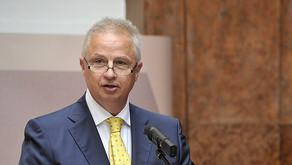 Carte blanche : L'invitation de László Trócsányi à l'UCL soulève des questions fondamentales