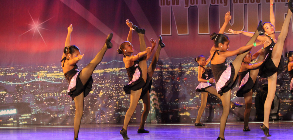 Off the Charts (2011) Choreography by Amber Jackson, Lynise Heard,  and Terrance Martin