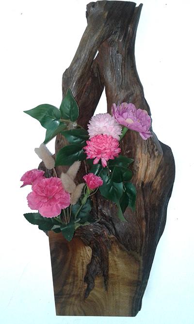 (b) Designed wooden flower vase