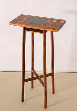 (d) Wooden High Stand
