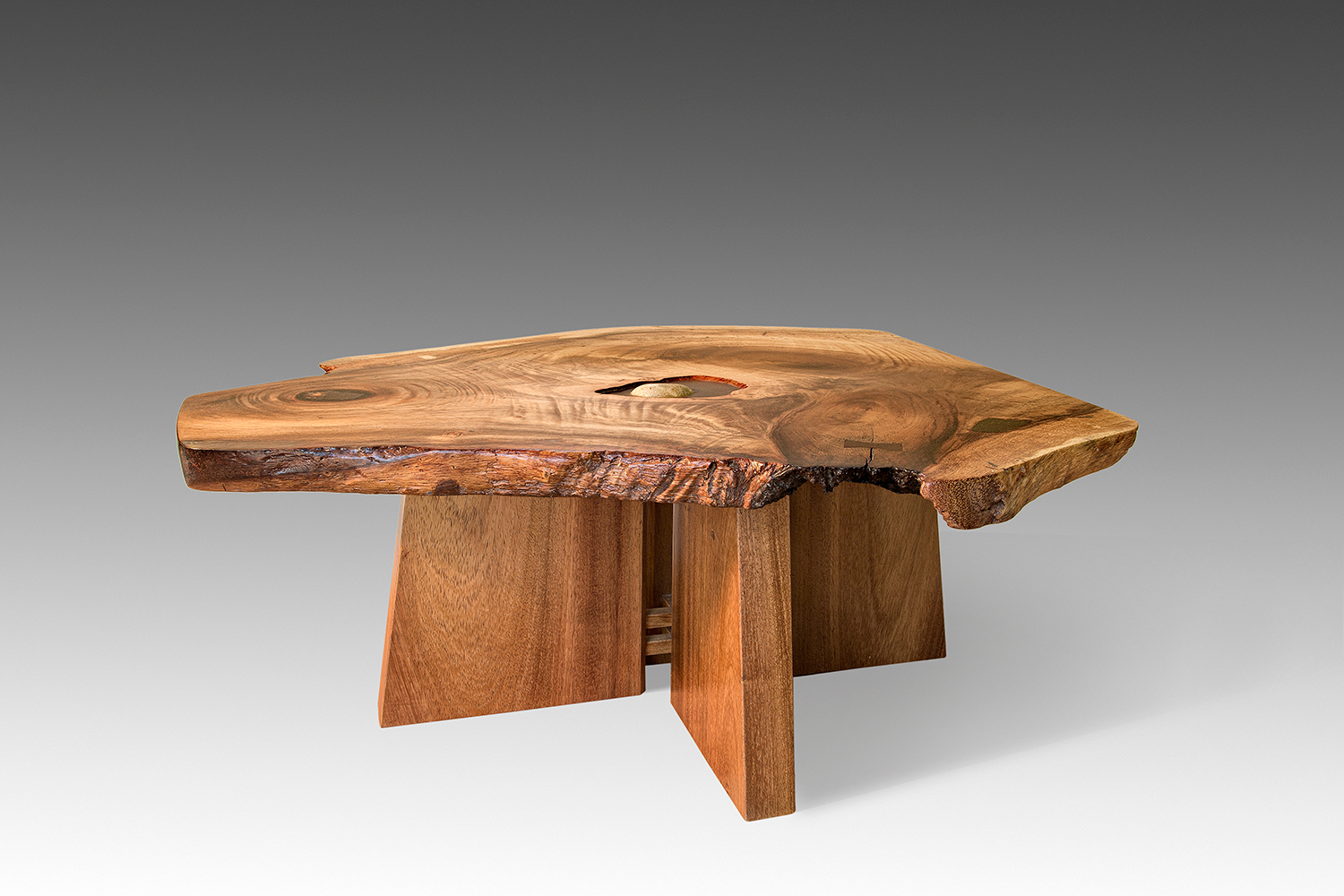 (200)  Coffee Table
