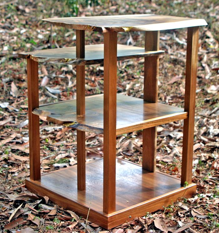 (184) Magazine rack