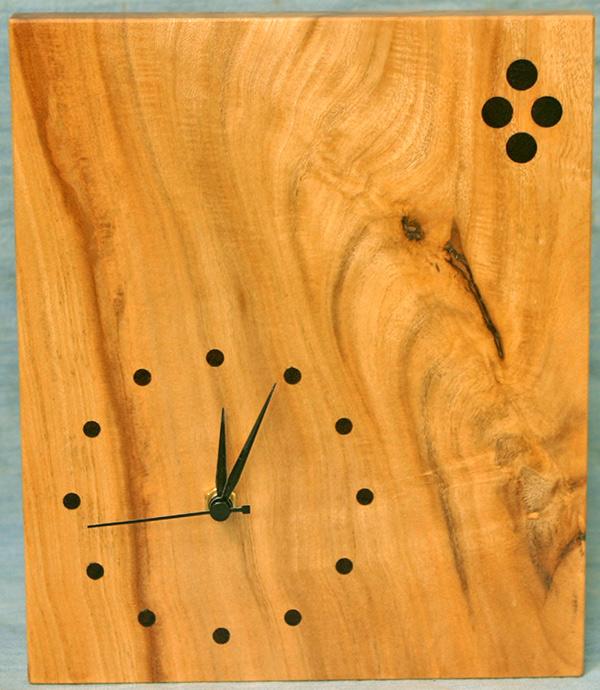 (161h) Wooden tree-Jasmine clock