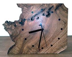 (161d) Wooden free edge clock