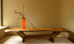 (056) Low Dinning Table