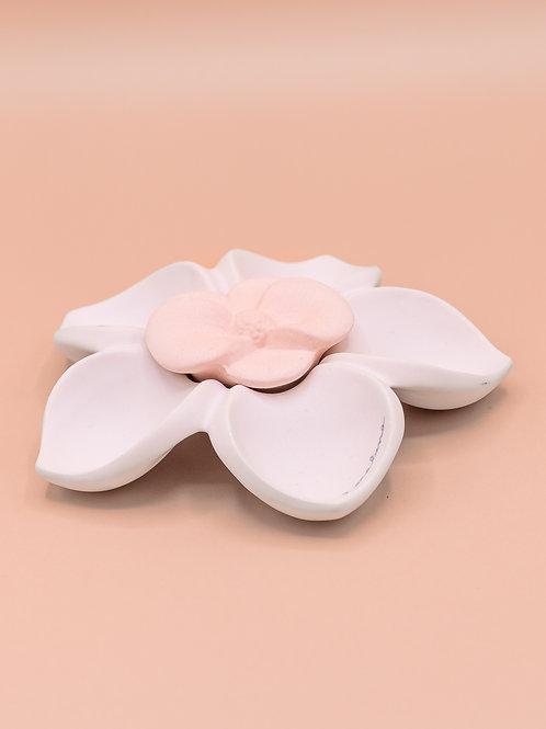 Svuota tasche a fiore con gessetto profumato